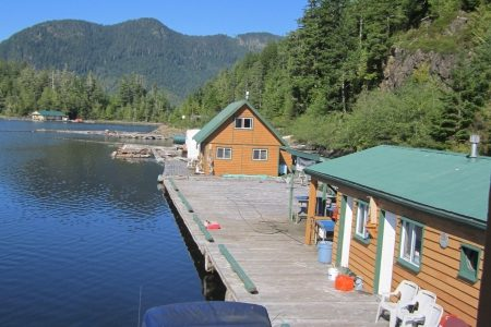 floating cabin rental in west coast BC